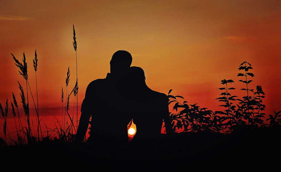 pictures of couples at sunset