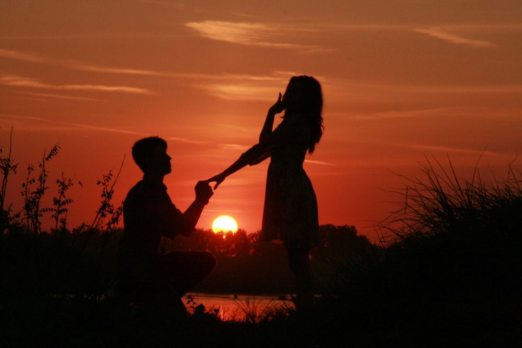 romantic sunset photography of love couple