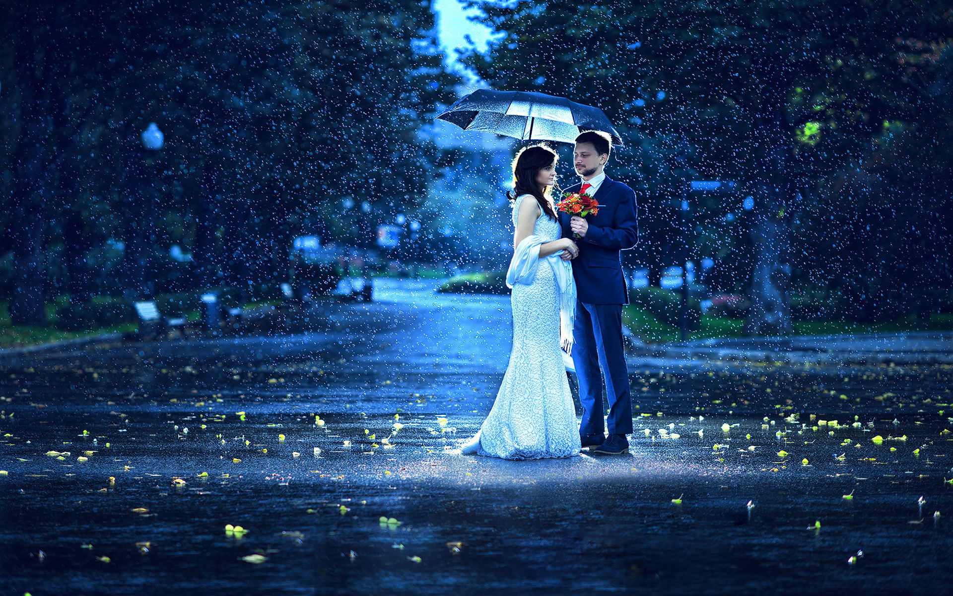 20 Love Couples Romance In The Rain Wallpapers
