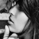 Sweet Romance Wallpaper of Love Couples in Black and White